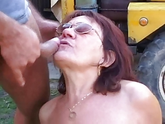Old girl with glasses getting fucked