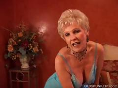 Matured kermis cougar puts upstairs a slow striptease upstairs will not hear of webcam