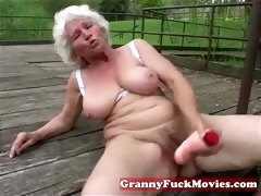 Check broadly this dirty grandma