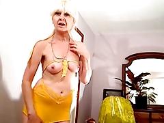 abuela super erotica y divina 02