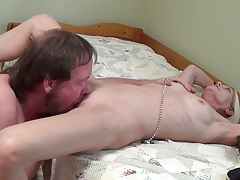 Love to tickle that pussy!