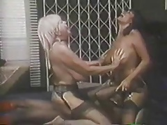 Retro Big Tit Bon-bons Threesome Fuck