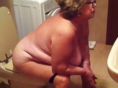 Spy Cam Grandma In Ladies' room - negrofloripa
