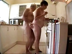 Old couple having fun. Amateur doyen