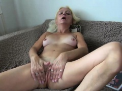 OldNanny Age-old nipper licking pussy be worthwhile for a alluring girl