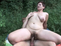 Grandma\'s pussy is made for fucking