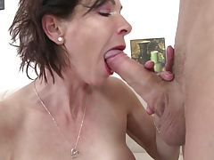 Skinny granny suck increased by fuck young boy's cock