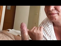 granny makes her shush come and licks his cock