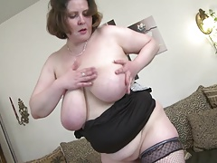 Crestfallen mature MILF with big saggy heart of hearts and hungry vagina