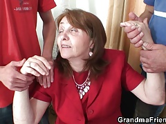 Bosomy granny relative to stockings rides and sucks to hand same time