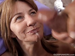 Dumb mature mediocre enjoys a sticky facial cumshot