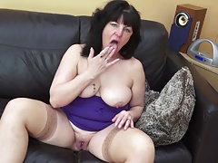 Deviant mature mom and wed with thirsty old vagina