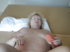 Goldenpussy: Inside my Wet Puristic Pussy