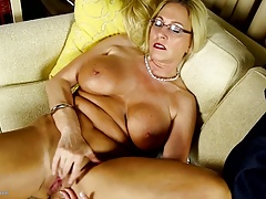 Busty Euro Progenitrix with big port side hungry pussy